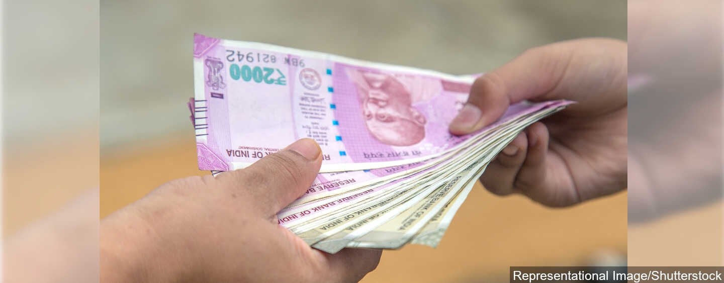 'No Clear Link To Currency Notes And COVID-19 Spread'