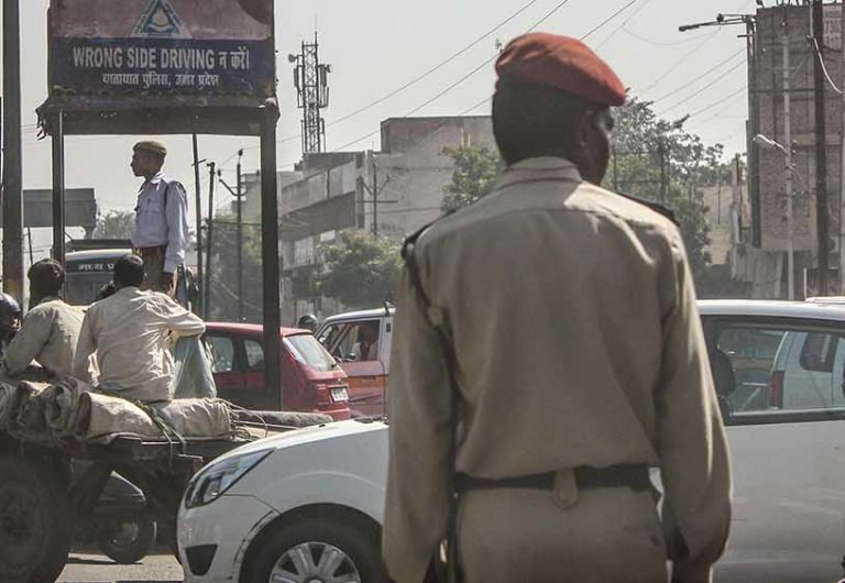 Upper-Caste Hindus Fear The Police The Least, Sikhs The Most |