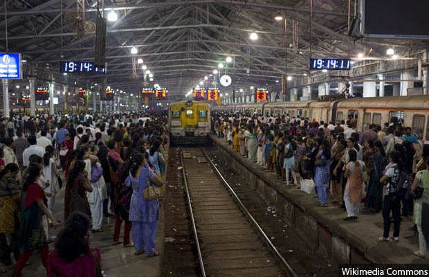 Mumbai Train_620