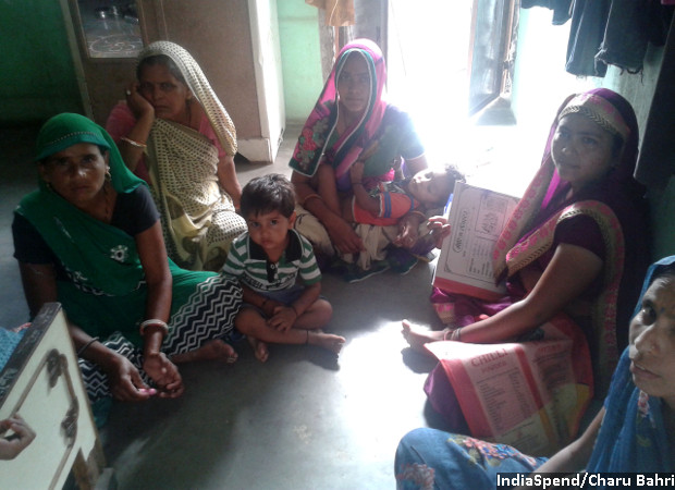 SHG leader Meera (in green) with her SHG members