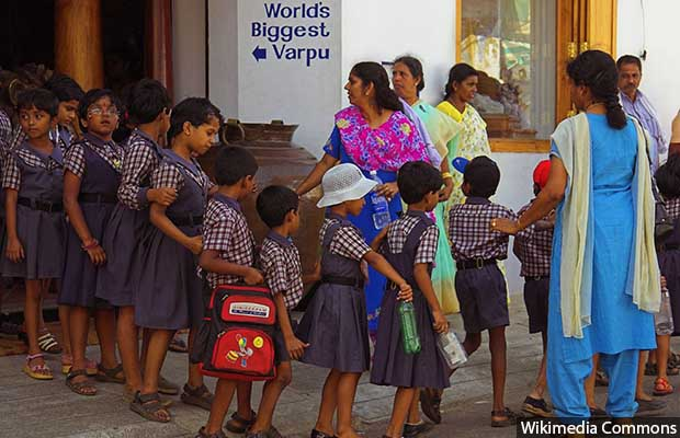 School_Children_Parents_India_620