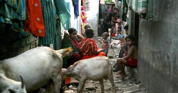 India's Unchanging Statistic: 400 Million Poor Over 30 Years