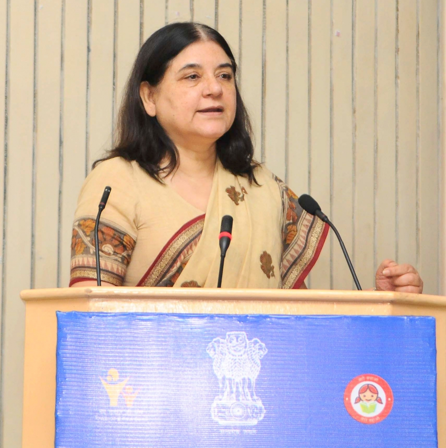 New Delhi: Union Minister for Women and Child Development Maneka Gandhi addresses at the inauguration of the All India Women Journalists' workshop, jointly organised by the Ministry of Women and Child Development and Press Information Bureau, in New Delhi on June 7, 2016. (Photo: IANS/PIB)