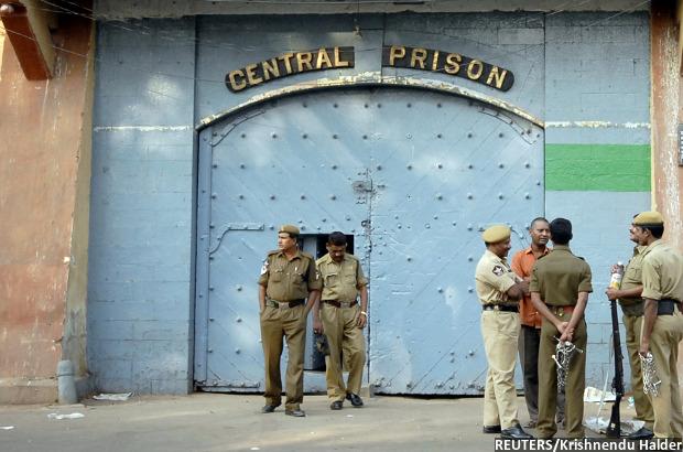 prisons_620